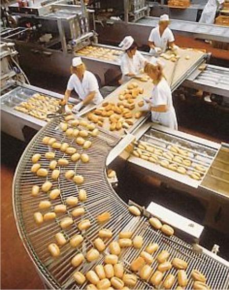 По словам ио руководителя роспотребнадзора анны поповой, внеплановые проверки предприятий, производящих и продающих продукты питания, должны быть внезапными